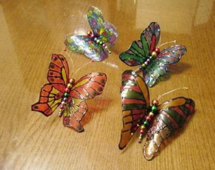 Artigianato Di Una Farfalla Fatta Di Bottiglie Di Plastica Farfalle
